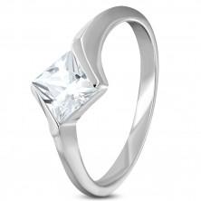 Anello di fidanzamento in acciaio con zircone a forma di rombo in colore chiaro