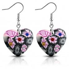 Orecchini FIMO pendenti su ganci afro, cuore grigio con fiori rosa e zirconi