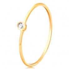 Anello in oro 585 con diamante chiaro e brillante in montatura, lati stretti