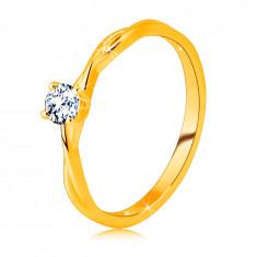 Anello di fidanzamento in oro giallo 14K - zircone chiaro brillante montato nell'anello
