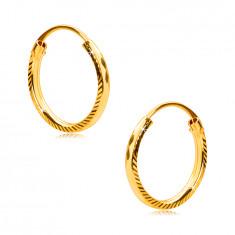 Orecchini in oro giallo 585 - cerchi con zigrinatura sui bordi e forma di rombo, 12 mm