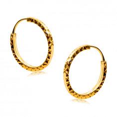 Orecchini in oro giallo 585 - cerchi decorati con forma di rombo, lati quadrati, 14 mm