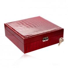 Confezione regalo, a forma rettangolare ed in colore rosso - similpelle di coccodrillo, fibbia e chiave